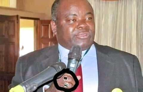 Seer 1's black magic rings given to PF ministers exposed (Video & Pictures)